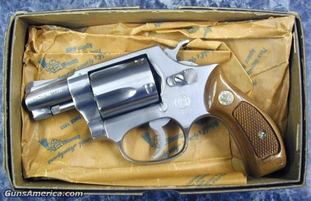 "Early Md 60 38spl 2"" RB-ANIB  Guns > Pistols > Smith & Wesson Revolvers"
