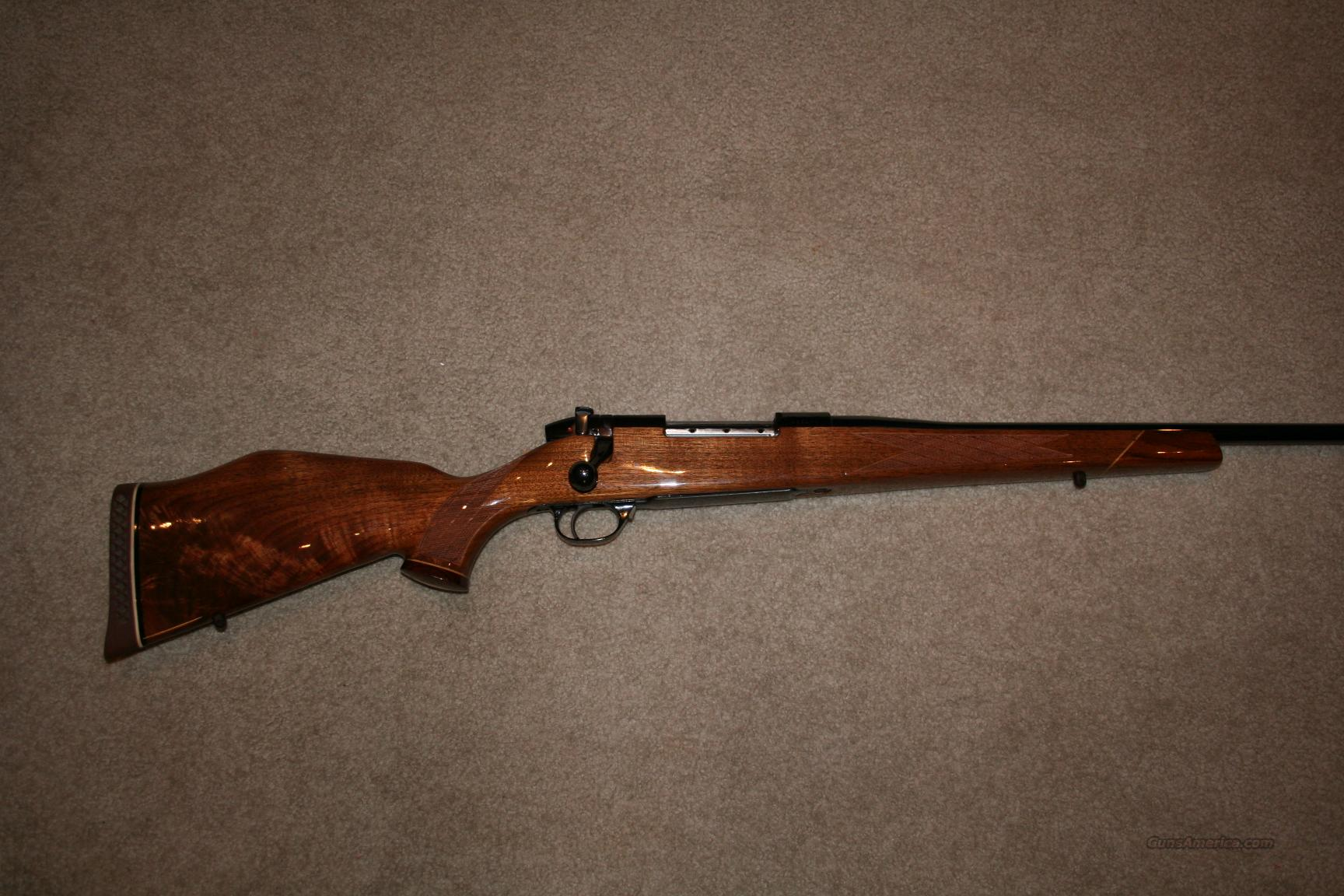 WEATHERBY DELUXE 240 WBY. MAG. JAPAN  Guns > Rifles > Weatherby Rifles > Sporting