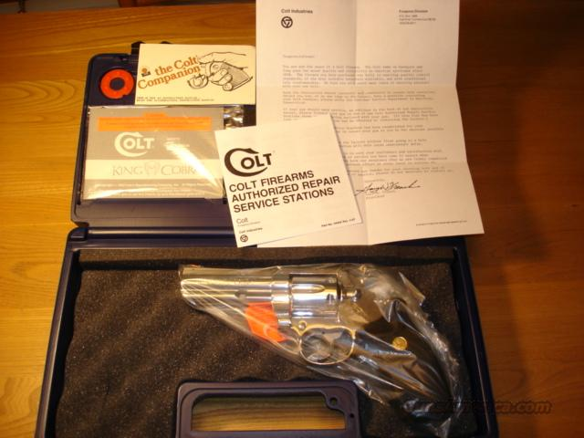 "COLT KING COBRA 1988 4"" BARREL BRIGHT STAINLESS **********LIKE NEW IN BOX**********  Guns > Pistols > Colt Double Action Revolvers- Modern"