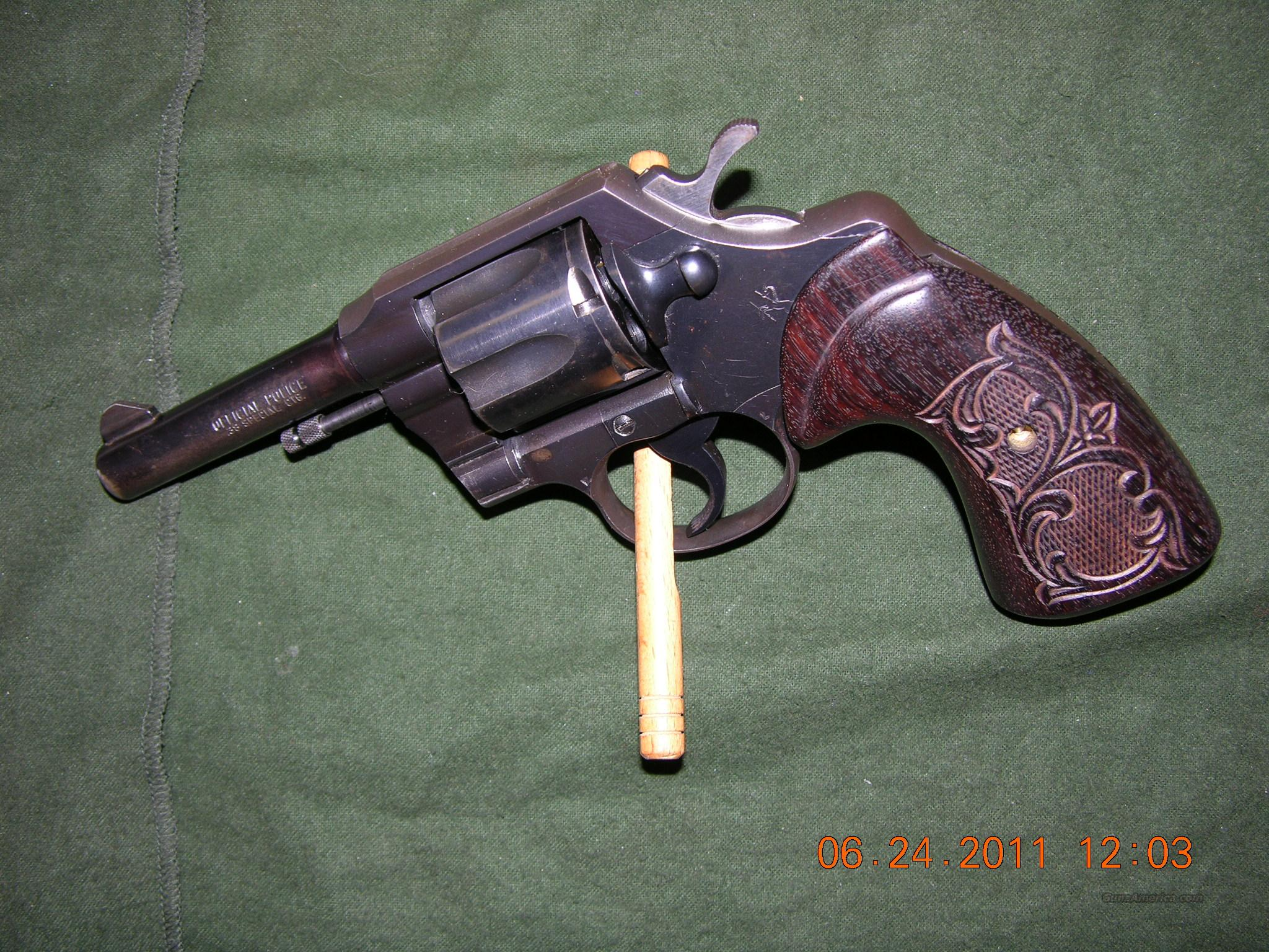Colt Official Police  Post War 38 Special 4 inch  Guns > Pistols > Colt Double Action Revolvers- Modern