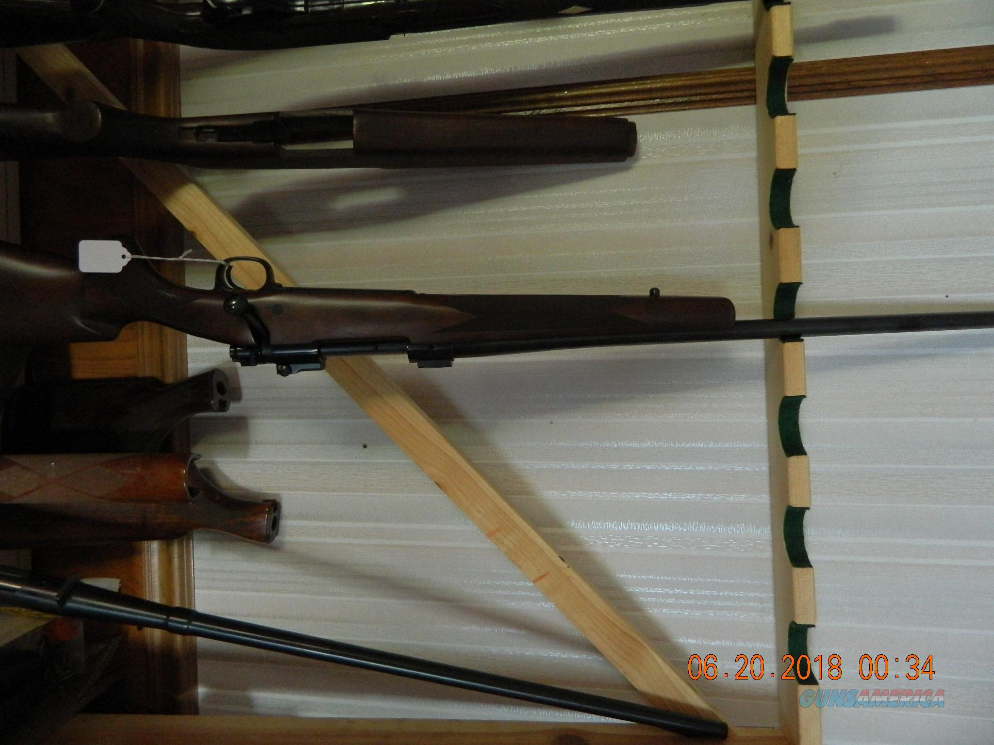 Winchester model 70 300 win mag LEFTY  Guns > Rifles > Winchester Rifles - Modern Bolt/Auto/Single > Model 70 > Post-64