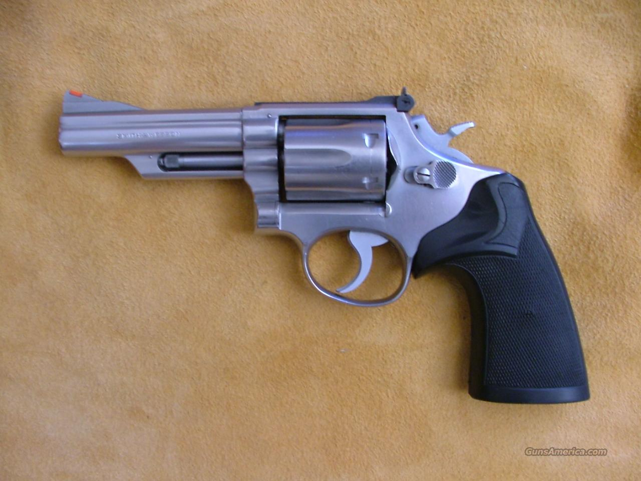 SMITH WESSON MODEL 66 357 MAG   Guns > Pistols > Smith & Wesson Revolvers > Full Frame Revolver