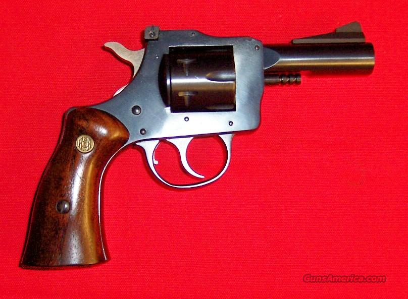 H&R Model 832  Guns > Pistols > Harrington & Richardson Pistols