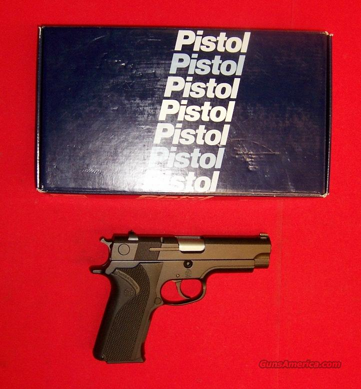 S&W Model 411  Guns > Pistols > Smith & Wesson Pistols - Autos > Alloy Frame