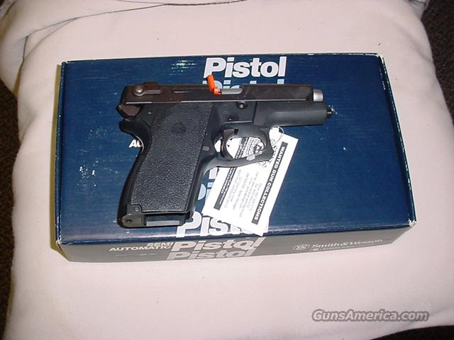 S & W 469 9MM  Guns > Pistols > Smith & Wesson Pistols - Autos > Alloy Frame