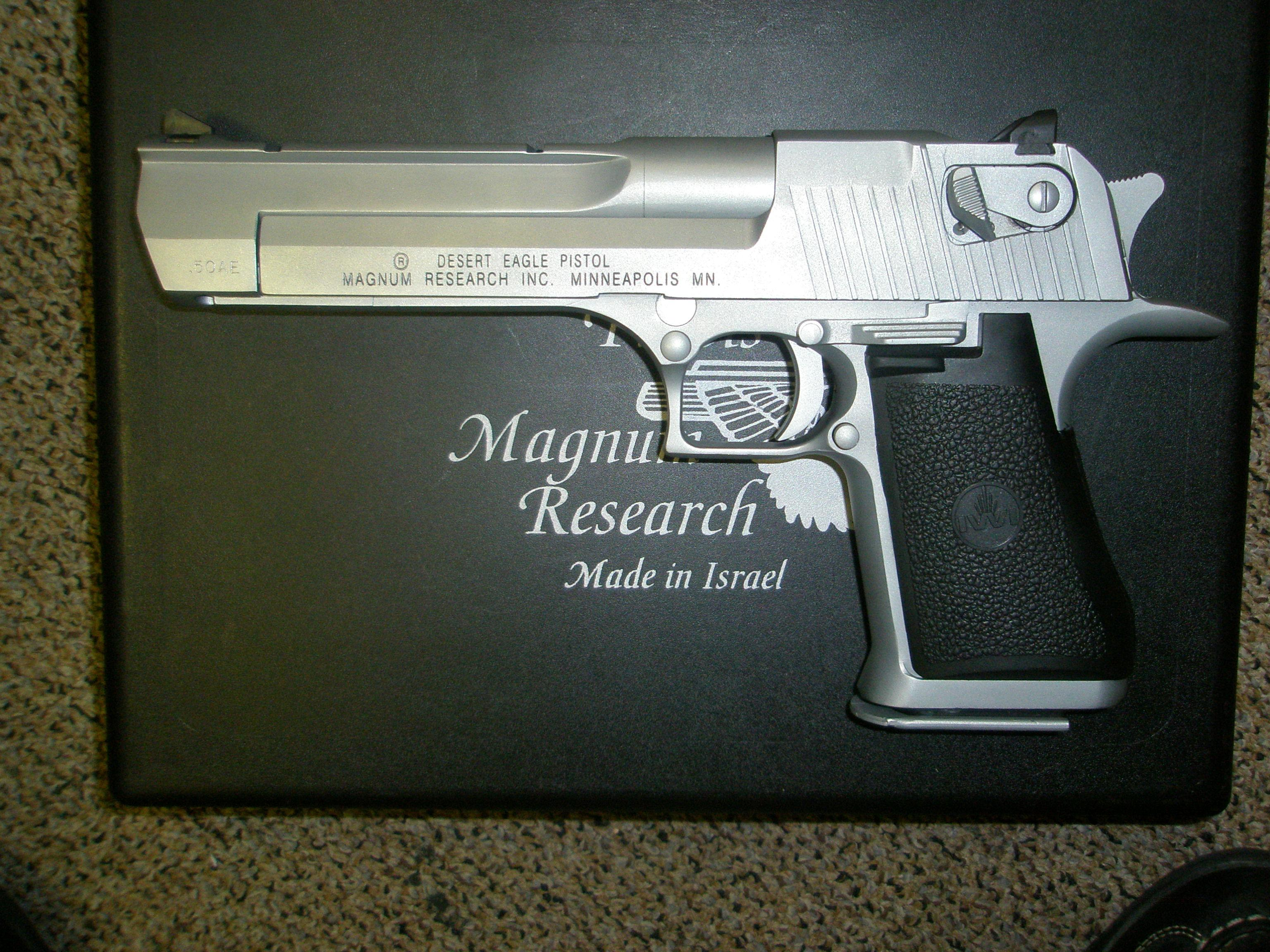 Magnum Research Desert Eagle .50 AE Chrome with box.  Guns > Pistols > Magnum Research Pistols