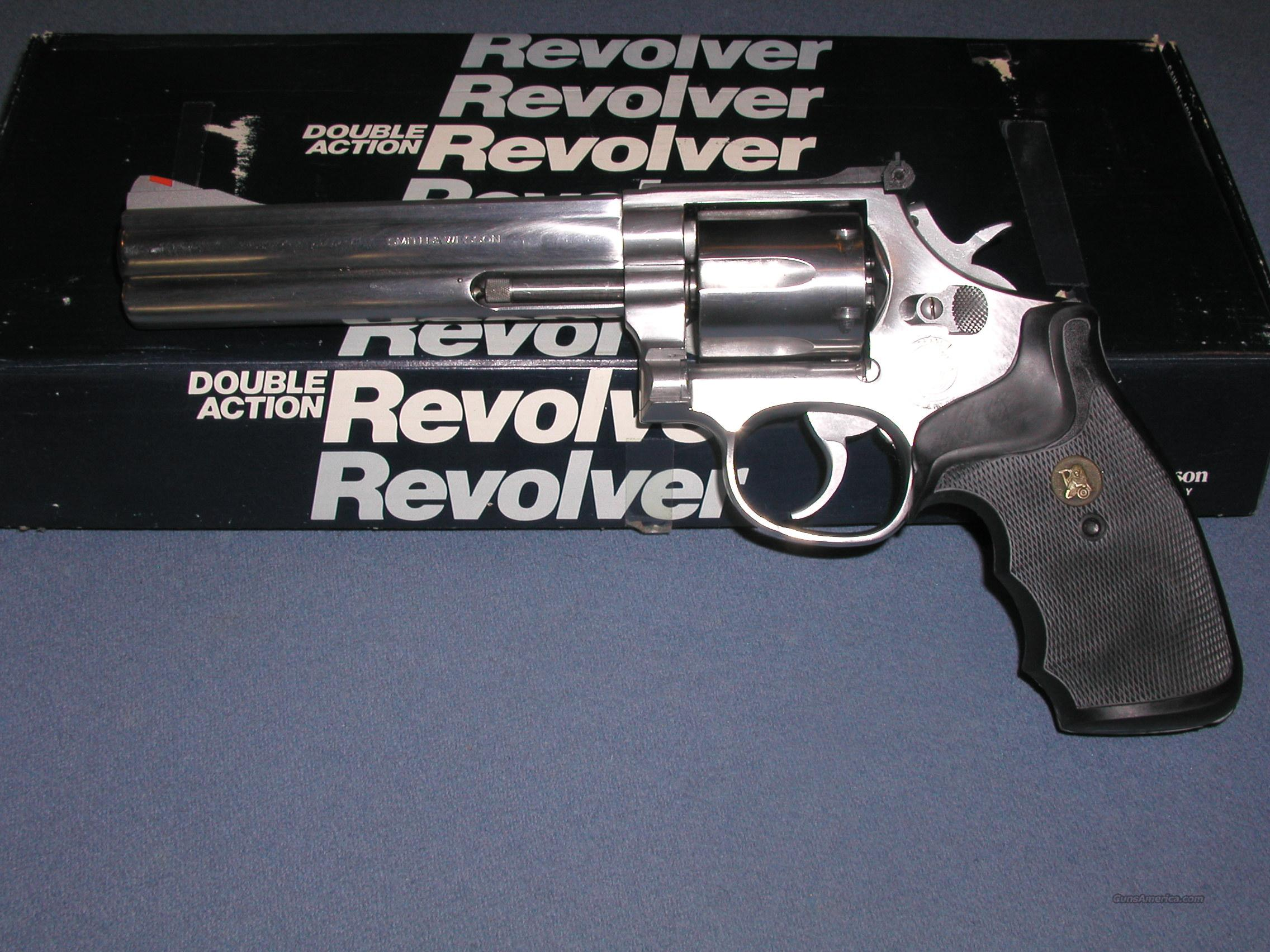 Smith&Wesson 686 Stainless with 6 inch barrel .357 Magnum  Guns > Pistols > Smith & Wesson Revolvers > Full Frame Revolver
