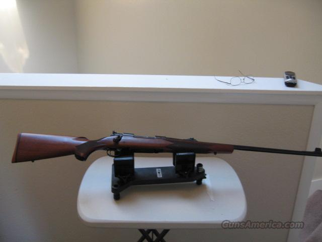 WINCHESTER 70 CLASSIC  Guns > Rifles > Winchester Rifles - Modern Bolt/Auto/Single > Model 70 > Post-64