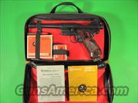 1960's Vintage Crosman Mk 1 Pellet Air-Pistol & Case  Air Rifles - Pistols > CO2 Pistol