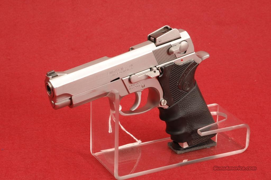 "SMITH&WESSON PISTOL MOD-4006  .40 S&W  4"" STAINLESS BARREL  Guns > Pistols > Smith & Wesson Pistols - Autos > Steel Frame"