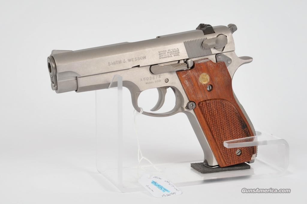 "SMITH&WESSON PISTOL MOD-639  .9MM CAL   STAINLESS 4"" BARREL 99% CONDITION  Guns > Pistols > Smith & Wesson Pistols - Autos > Steel Frame"
