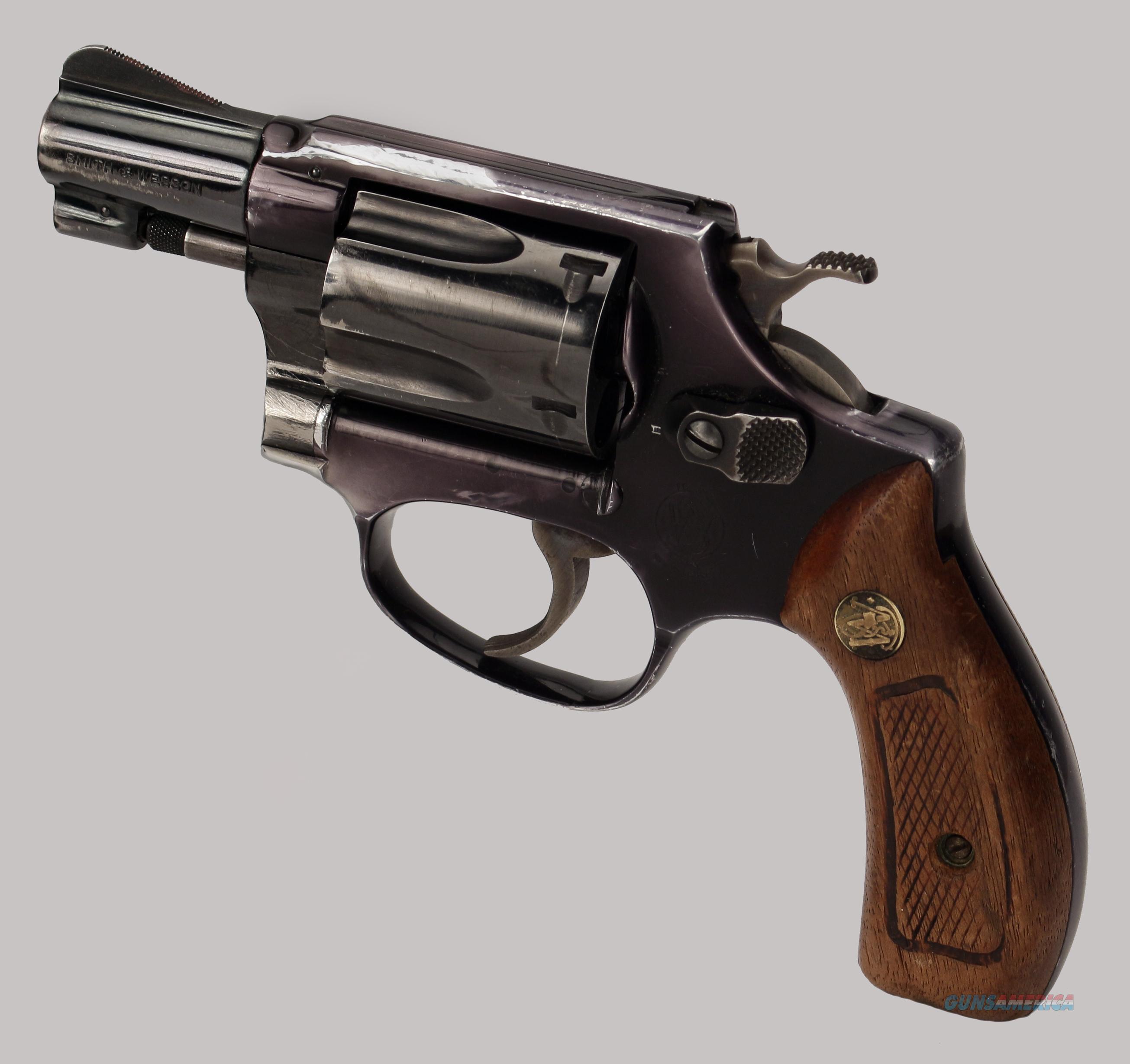 Картинки револьверов смит вессон