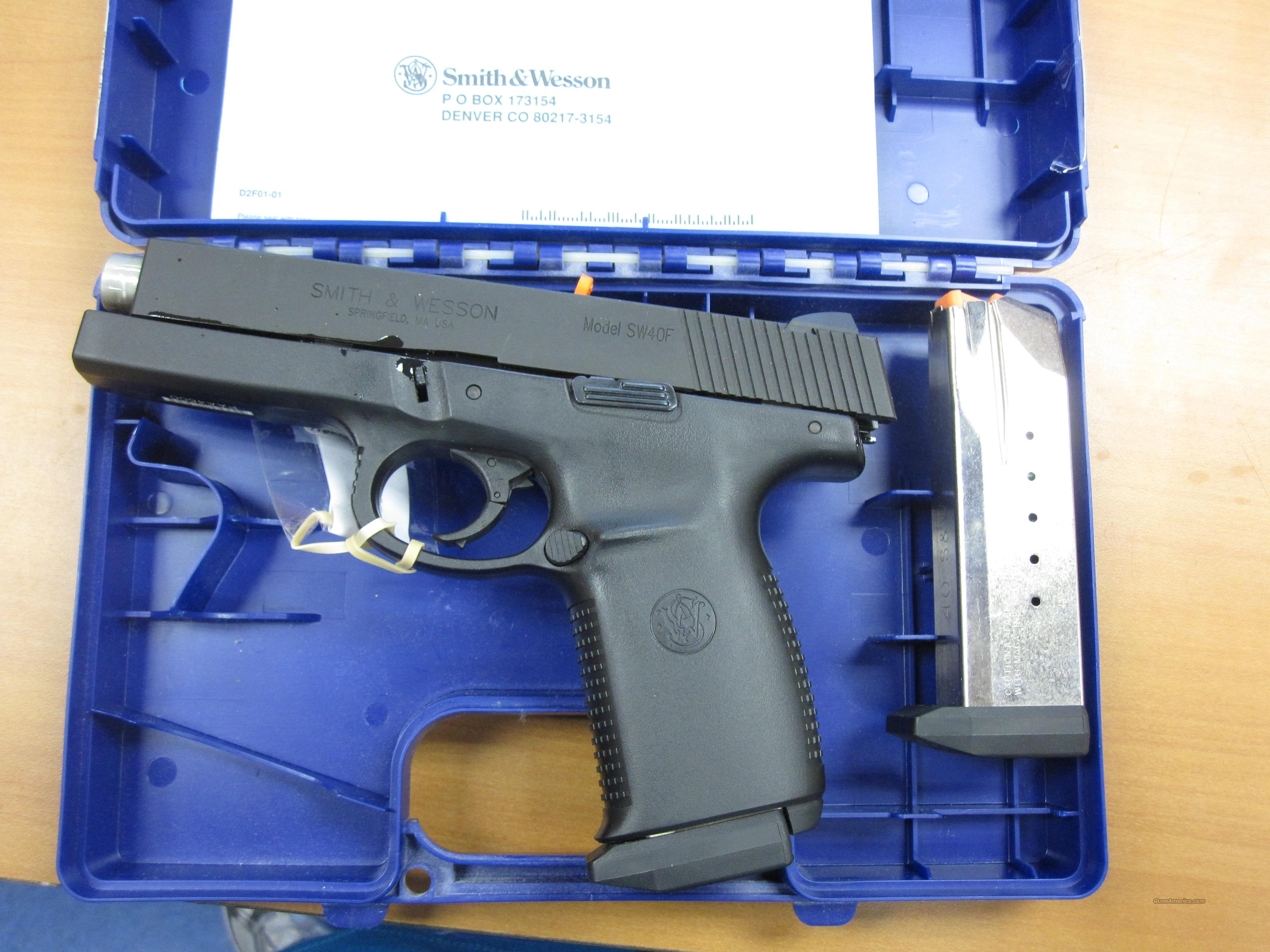 S&Wmod# SW40F .40 s&w cal w/orig box   Guns > Pistols > Smith & Wesson Pistols - Autos > Polymer Frame
