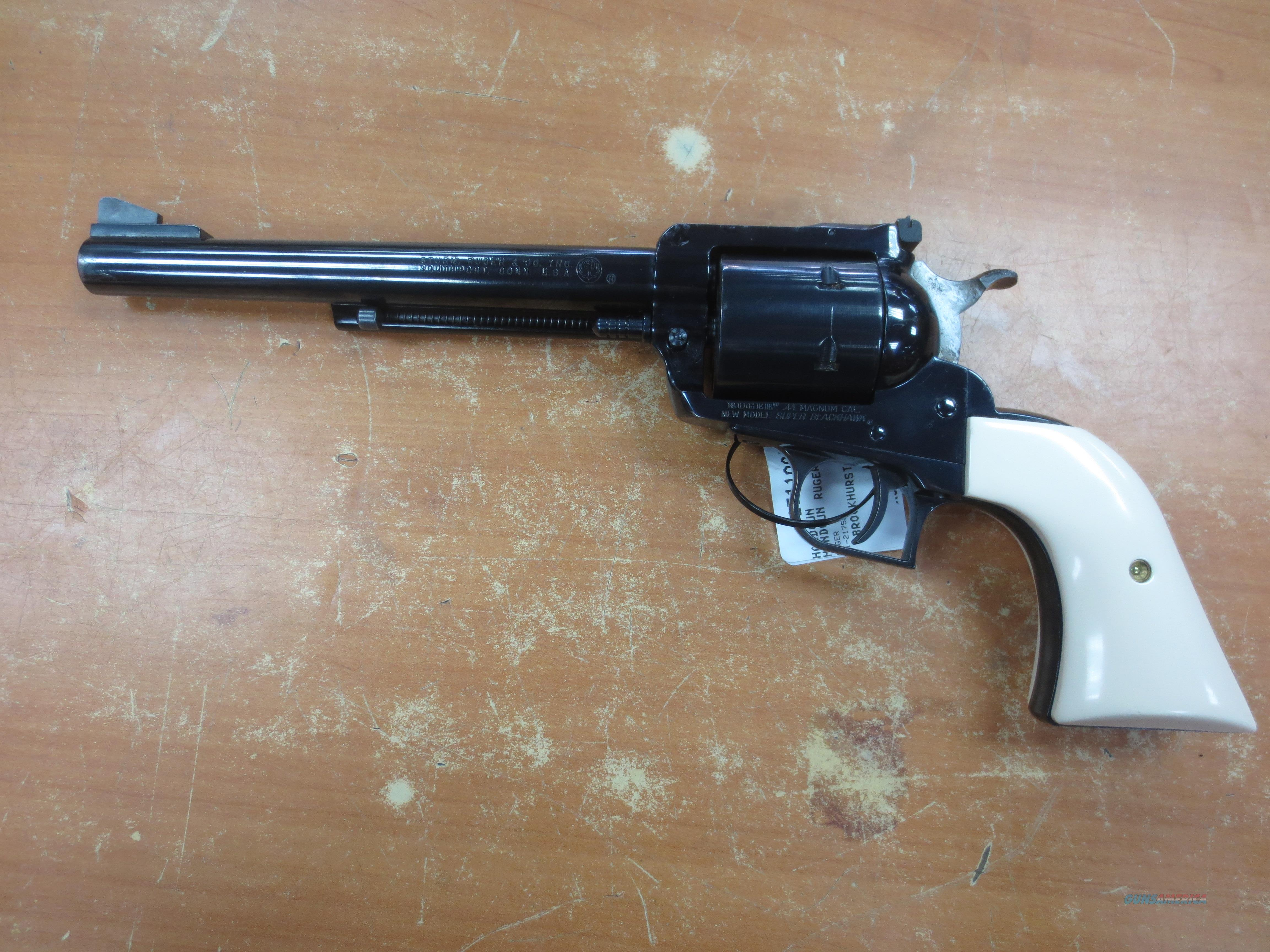 Ruger New Model Super Blackhawk .44 Mag  Guns > Pistols > Ruger Single Action Revolvers > Blackhawk Type