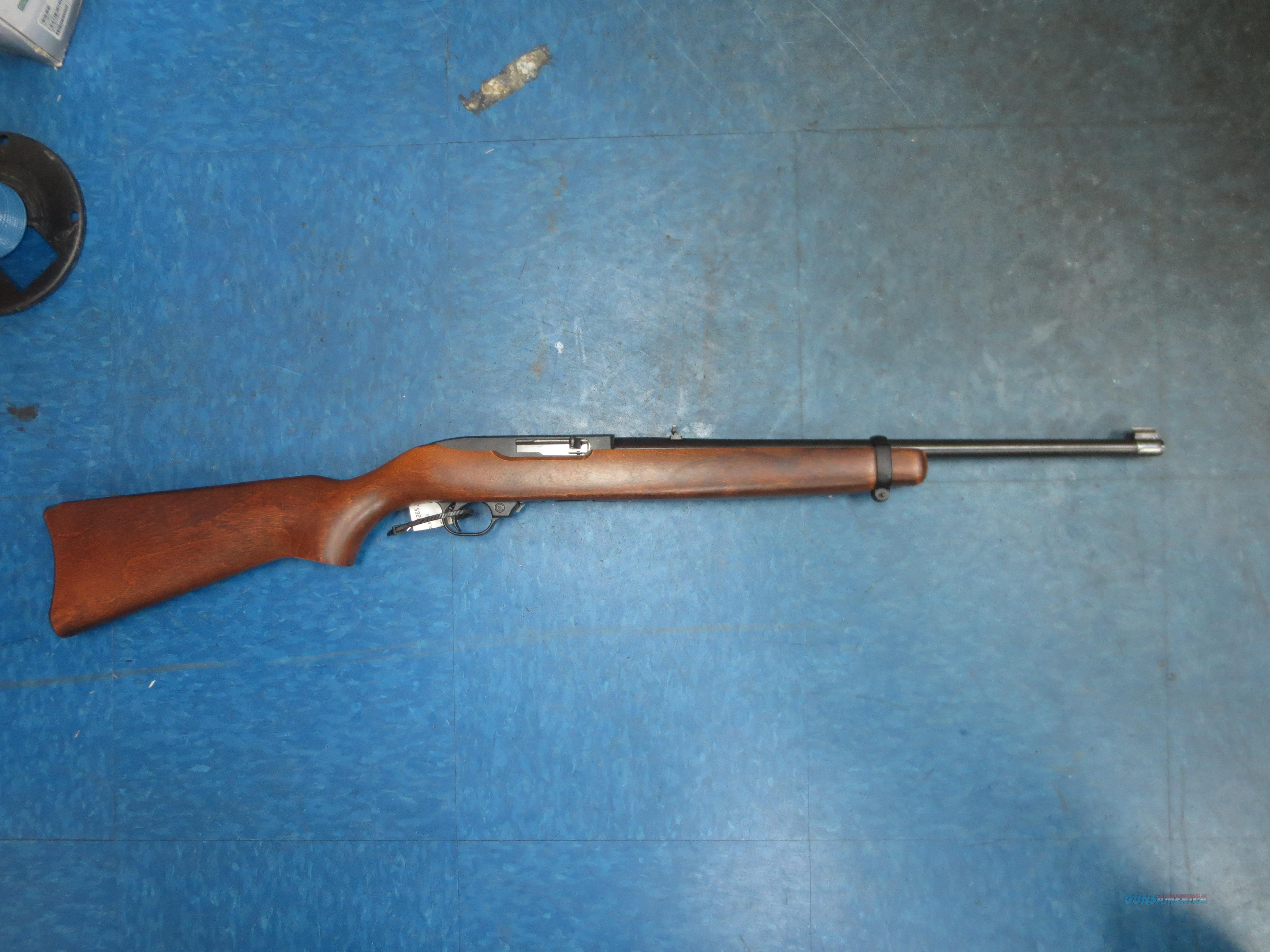 "Ruger mod# 10/22 semi-auto rifle w/18.5"" barrel , hardwood stock & old tattered box   Guns > Rifles > Ruger Rifles > 10-22"