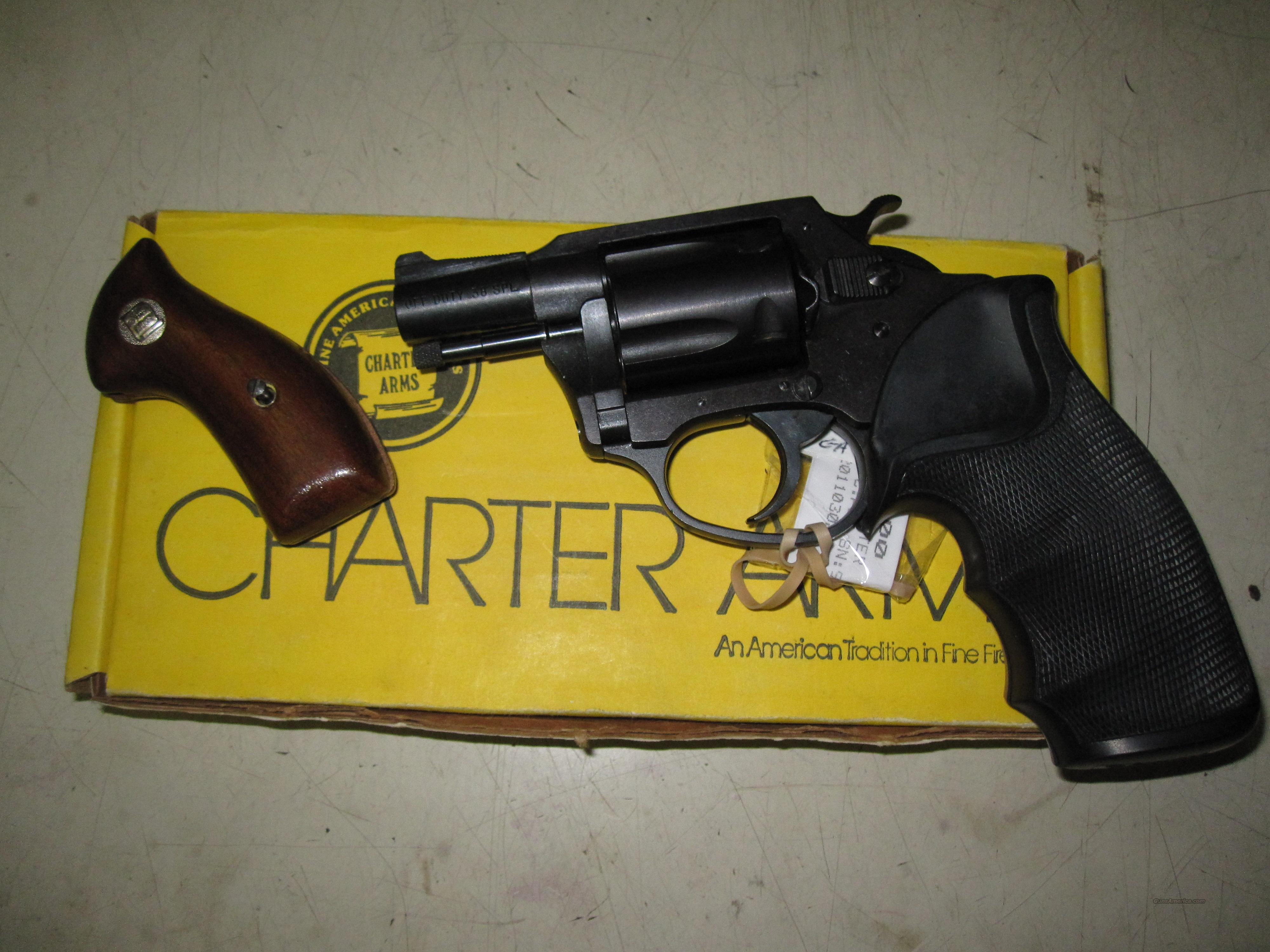 "Charter arms ""off Duty"" 38 special 5 shot revolver w/orig box   Guns > Pistols > Charter Arms Revolvers"
