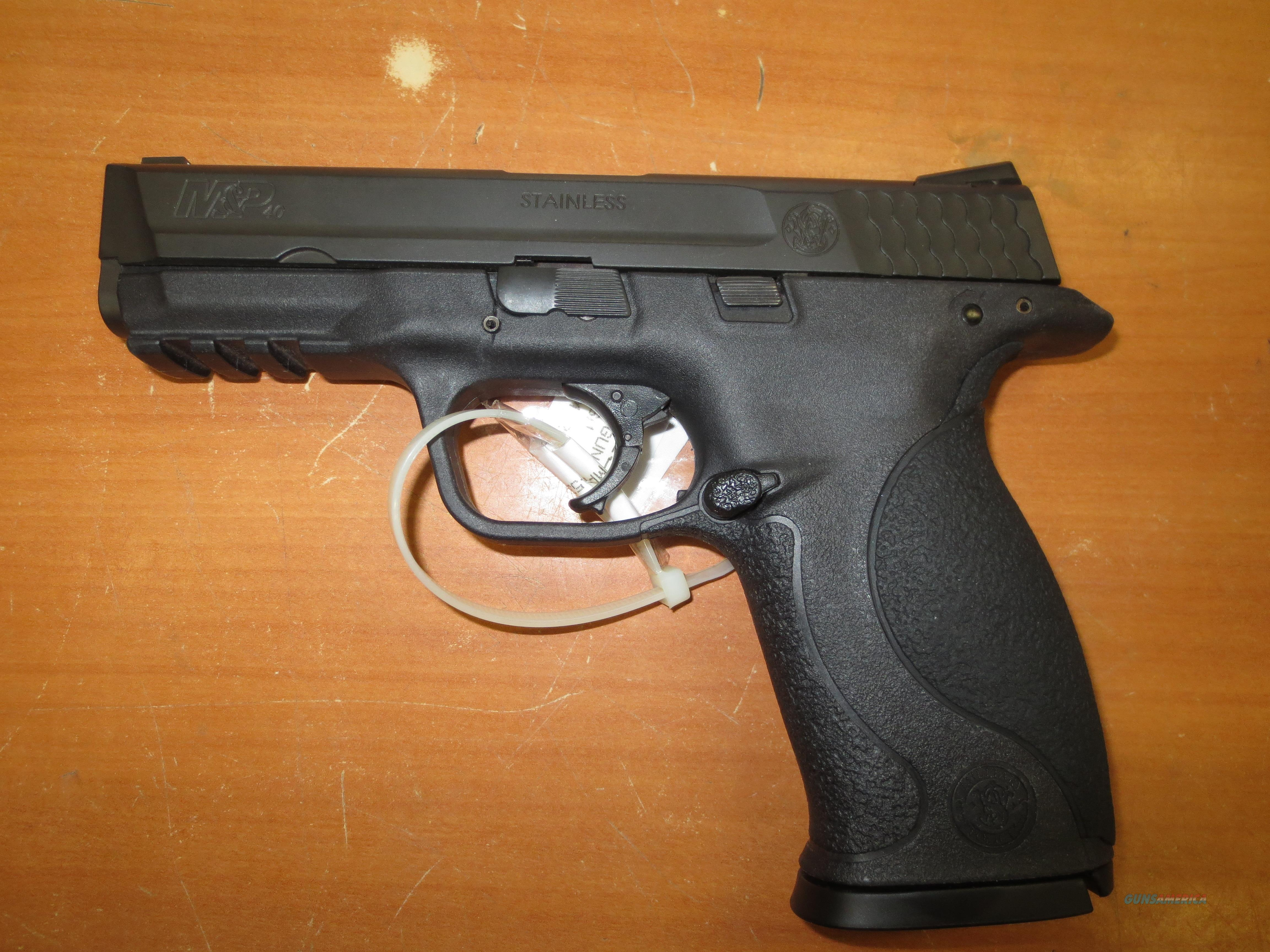 S&W mod# M&P 40 with orig box & 3-mags  Guns > Pistols > Smith & Wesson Pistols - Autos > Polymer Frame