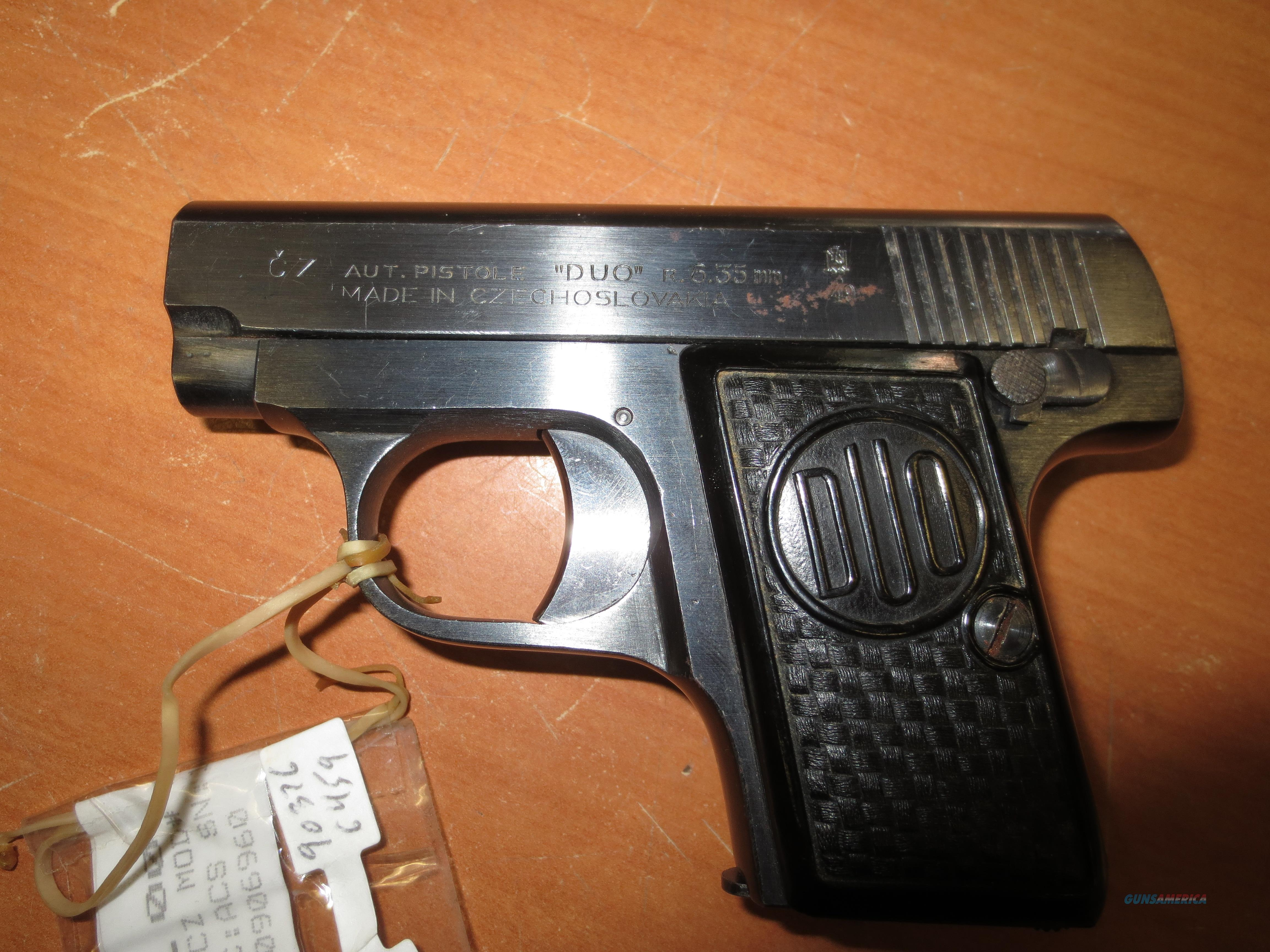 "CZ ""DUO"" pistol 6.35mm (25 acp) made 1949   Guns > Pistols > CZ Pistols"