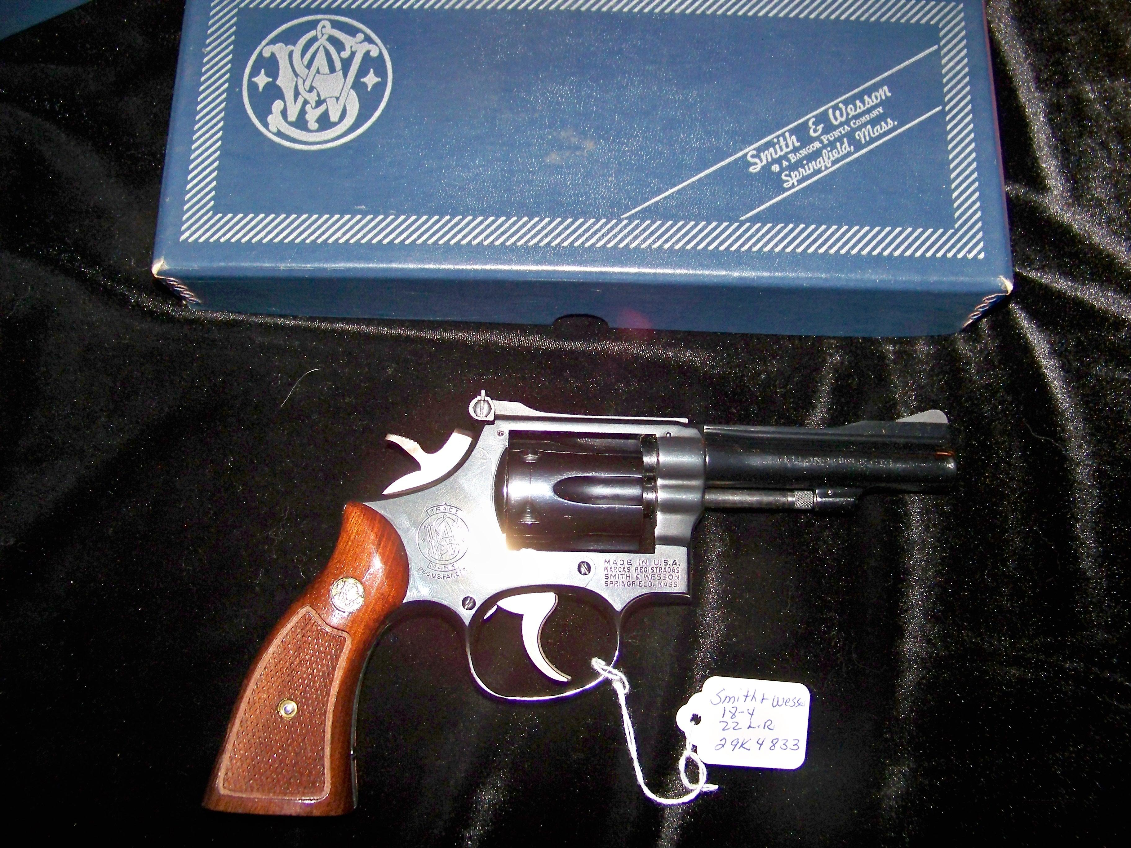 SMITH & WESSON MODEL 18-4 22 LONG RIFLE  Guns > Pistols > Smith & Wesson Revolvers > Full Frame Revolver