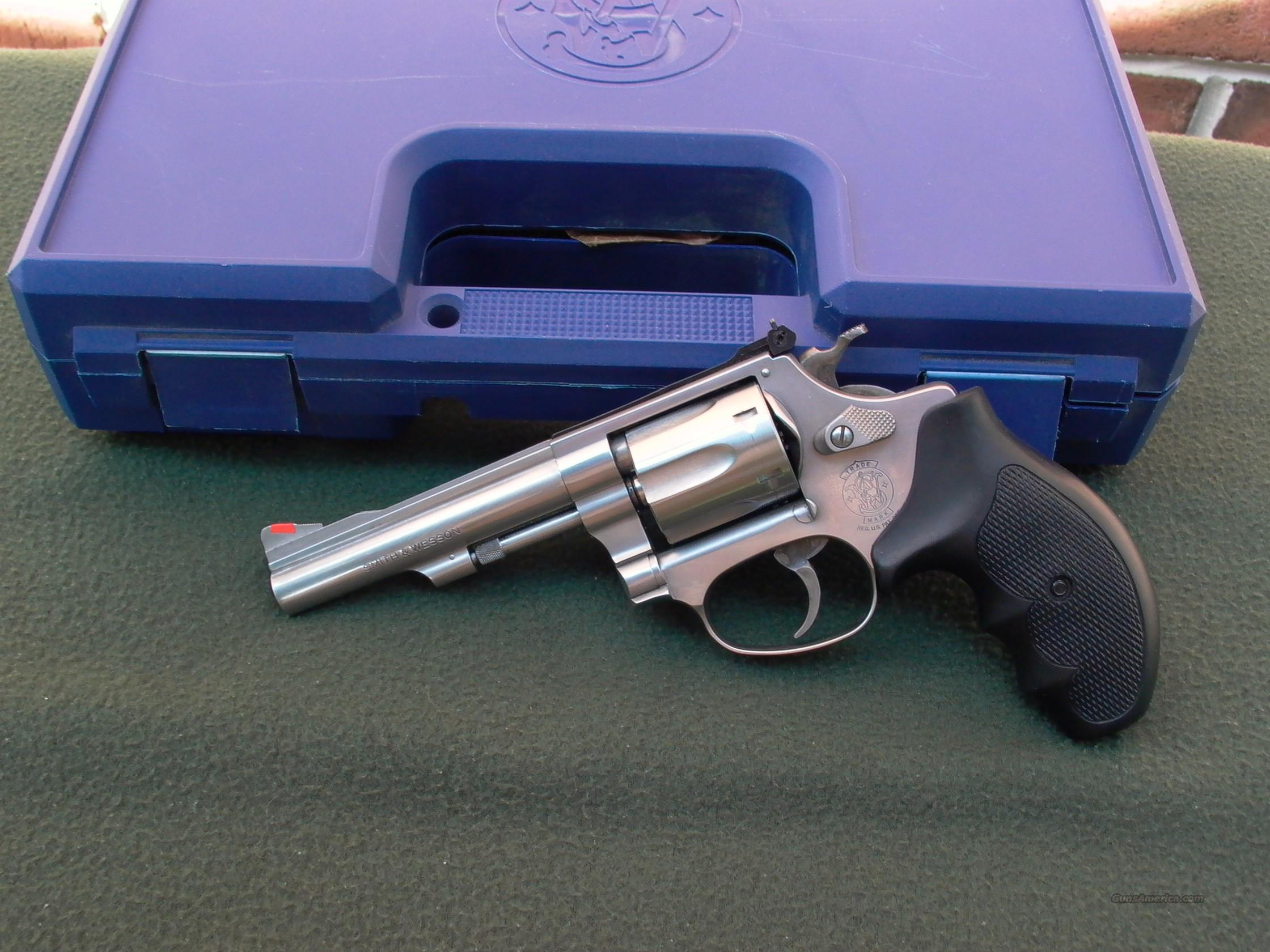 S&W model 63 4 Inch w Factory Box  Guns > Pistols > Smith & Wesson Revolvers > Pocket Pistols