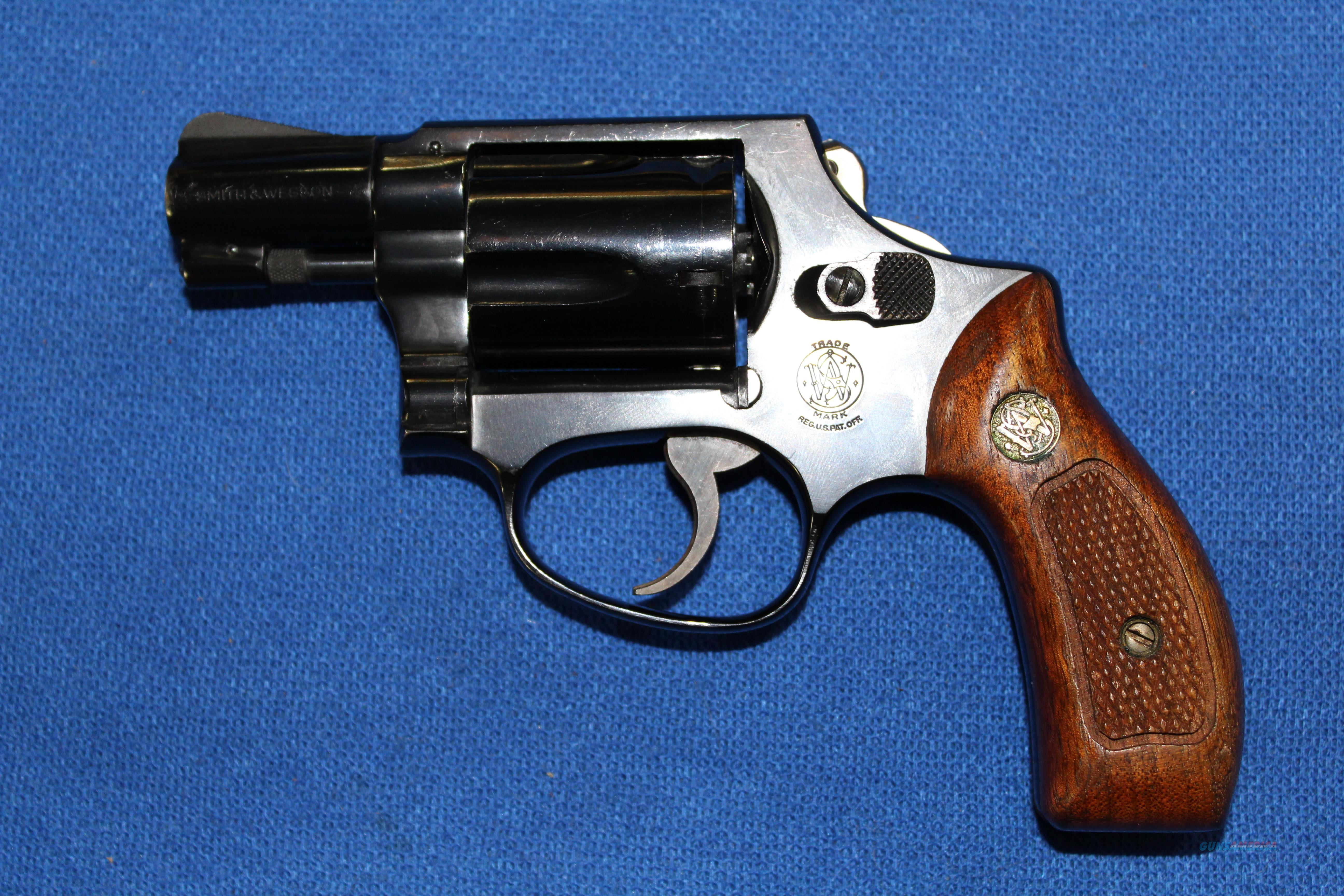 Smith & Wesson Model 36  Guns > Pistols > Smith & Wesson Revolvers > Small Frame ( J )