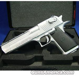 Magnum Research Mark XIX Desert Eagle .50AE Pistol with Matte Chrome Finish - LIKE NEW IN BOX!  Guns