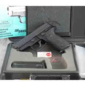 Sig Sauer P229 .40 S&W Pistol - USED IN EXCELLENT CONDITION IN FACTORY BOX!  Guns