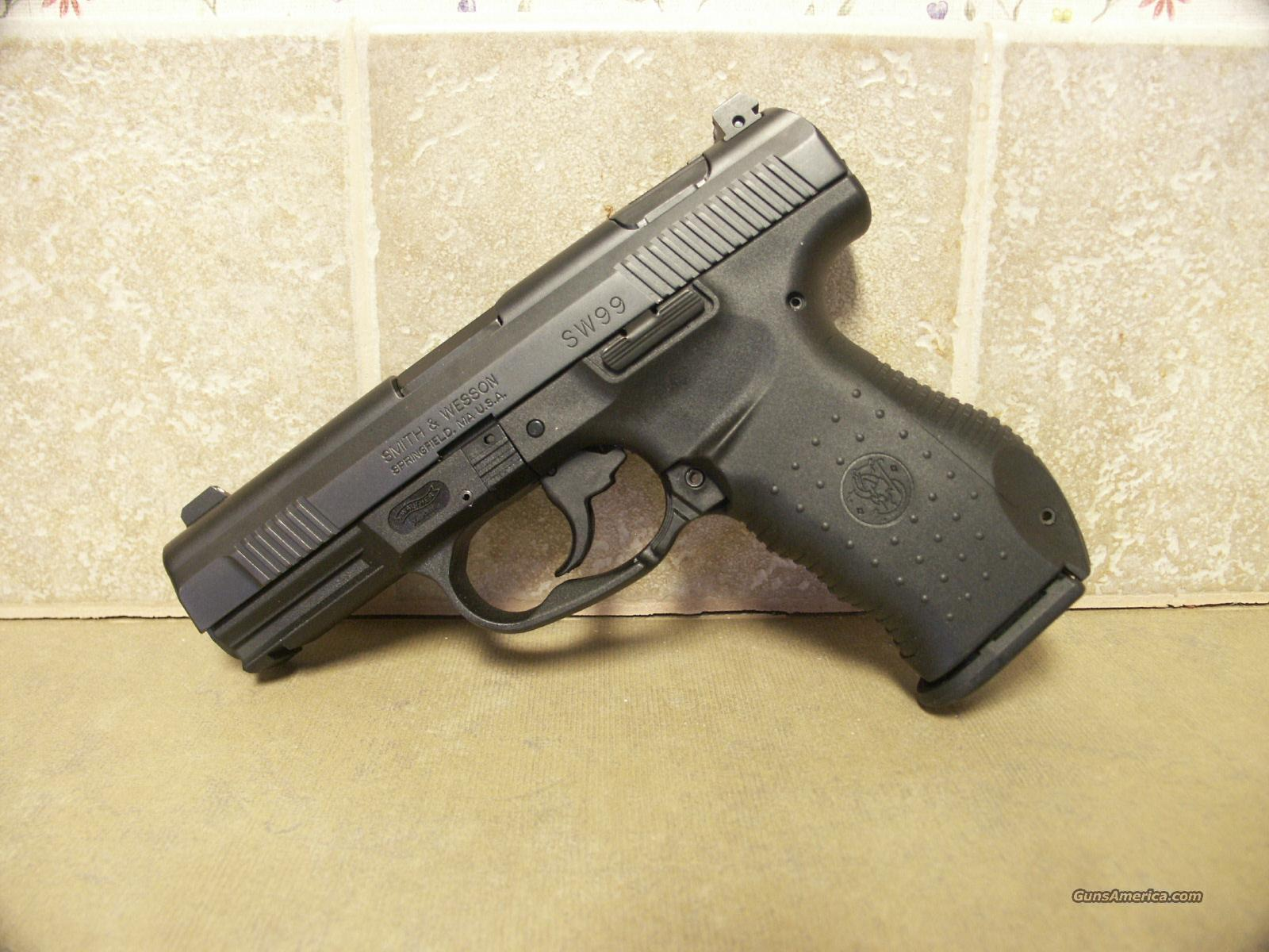 Smith & Wesson Model SW99 .40S&W  Guns > Pistols > Smith & Wesson Pistols - Autos > Alloy Frame