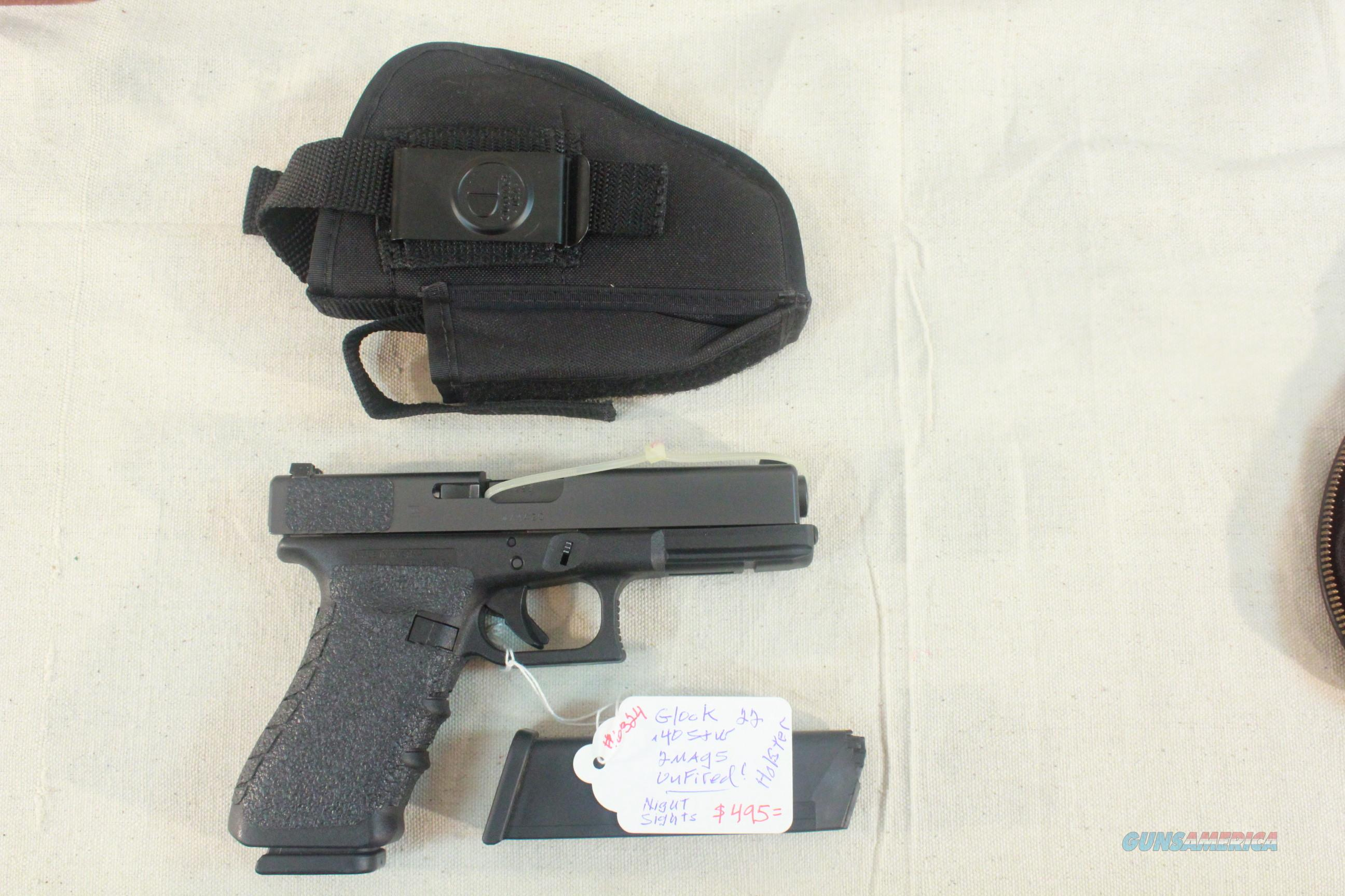 Glock Model 22 .40 S&W with 2 magazines and holster.  Guns > Pistols > Glock Pistols > 22