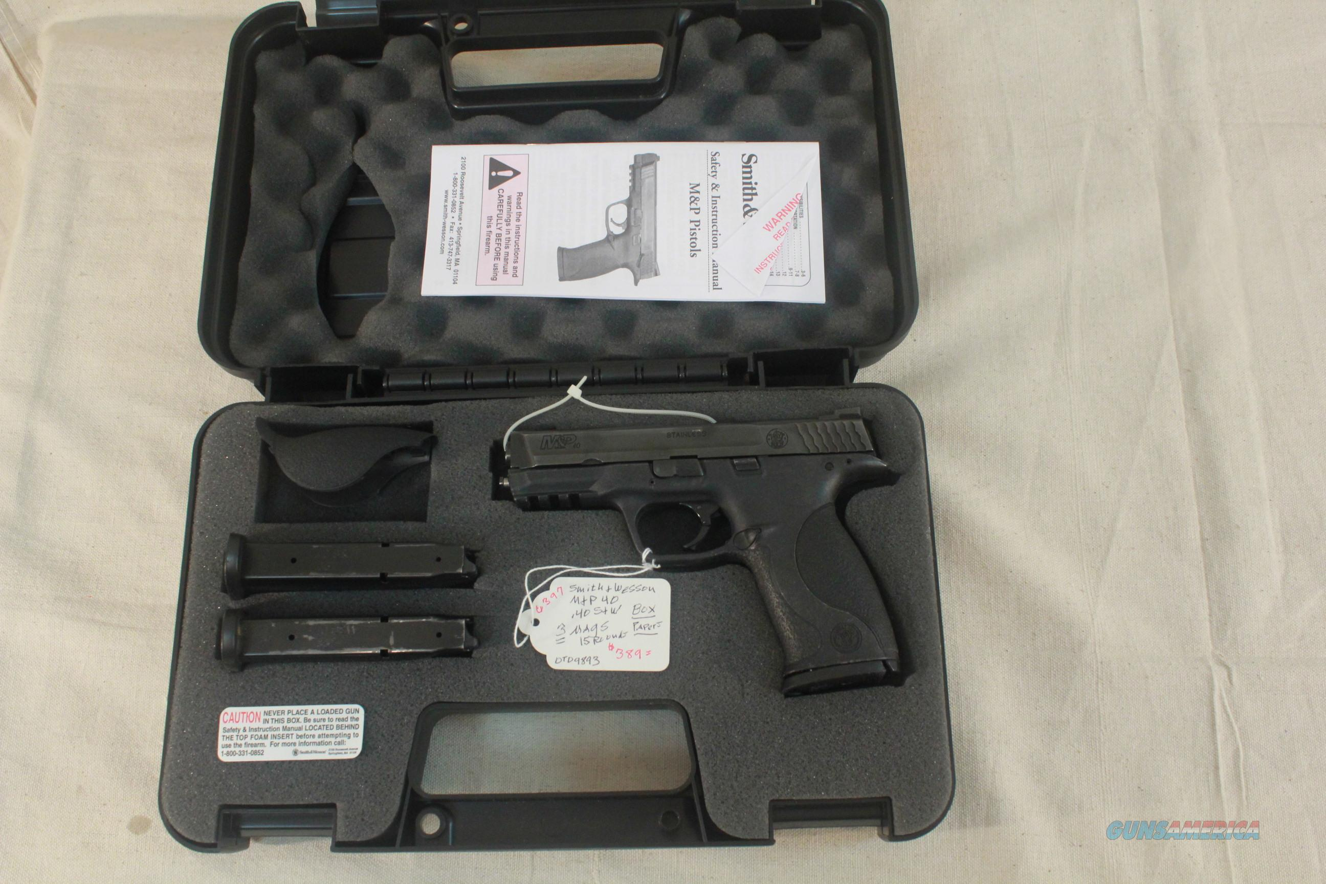 Smith & Wesson Model M&P40 in .40S&W, 3 clips, box - used  Guns > Pistols > Smith & Wesson Pistols - Autos > Steel Frame