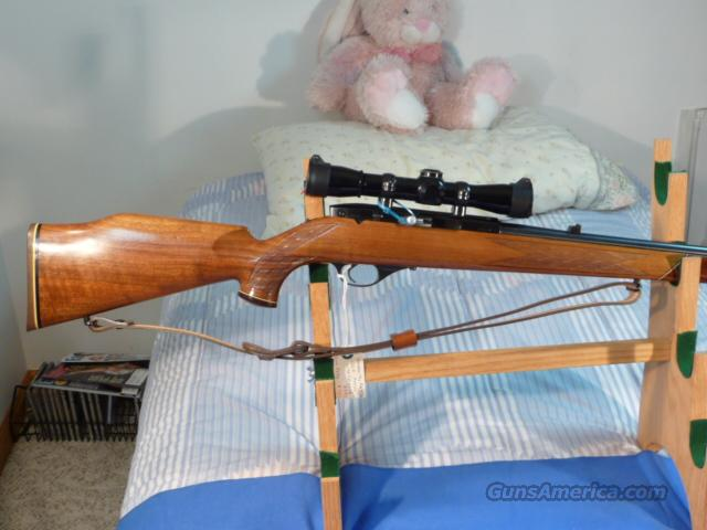 Weatherby XXII .22lr with 4x Leupold Scope, Sling  Guns > Rifles > Weatherby Rifles > Sporting