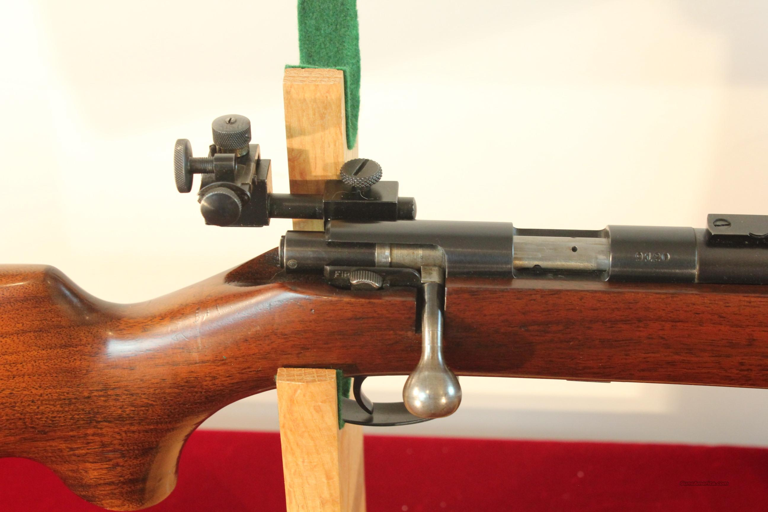 Remington Model 75 Target .22lr in Near Mint Condition  Guns > Rifles > Remington Rifles - Modern > .22 Rimfire Models