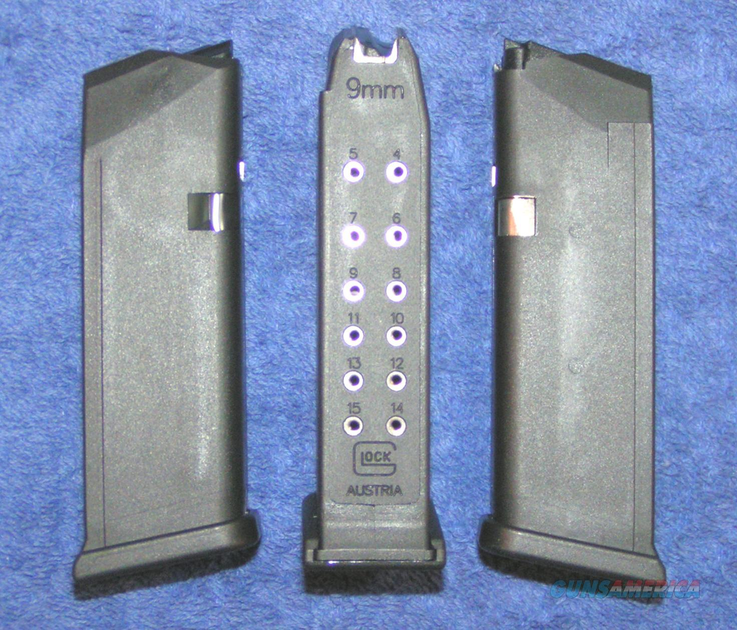 3 Glock 19 mags. New factory. 9mm 15 round $25 each  Non-Guns > Magazines & Clips