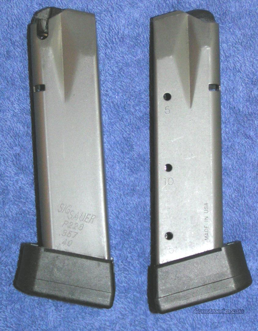 2 Sig P226 mags 15 round  40 / 357 new $46 each  Non-Guns > Magazines & Clips > Pistol Magazines > Sig