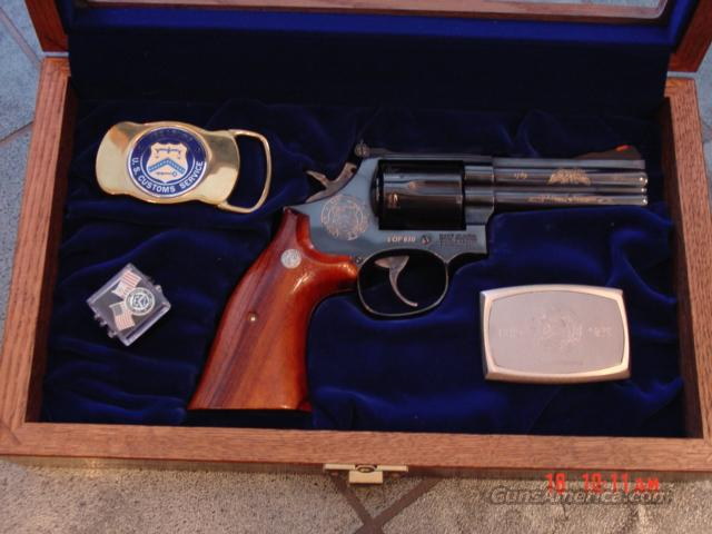 """Smith & Wesson 586-3,US Customs 200 year commemorative,1 of 610,4"""",2 belt buckles,pin & wood & glass case-rare !!  Guns > Pistols > Smith & Wesson Revolvers > Full Frame Revolver"""
