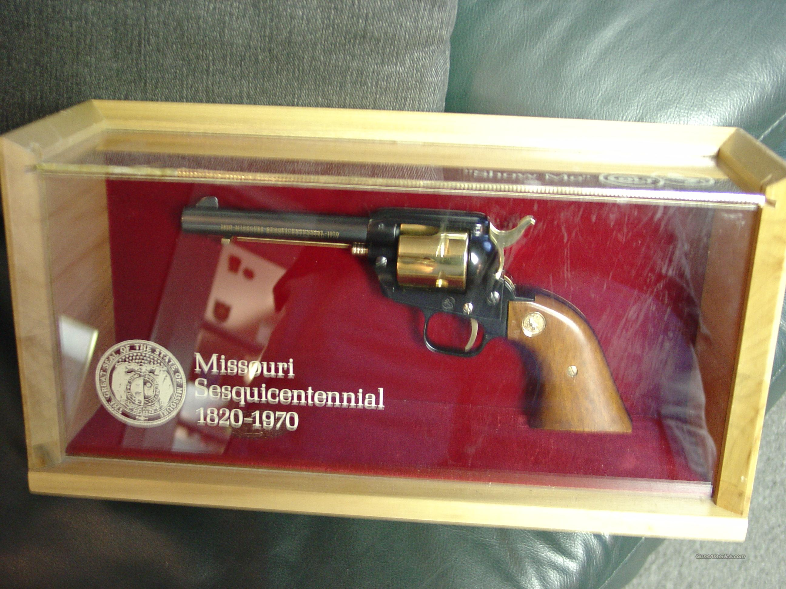 "Colt Frontier Scout 22LR,Missouri 150 year Sesquicentennial commemorative,4 3/4"",1970,gold plated & blued,stand up pres.case,manual,key,unfired in 43 years-very nice  Guns > Pistols > Colt Commemorative Pistols"