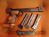 Hammerli International, Rare Model 210, 22 short rapid fire,box,manual & 4 magazines  Hammerli Pistols