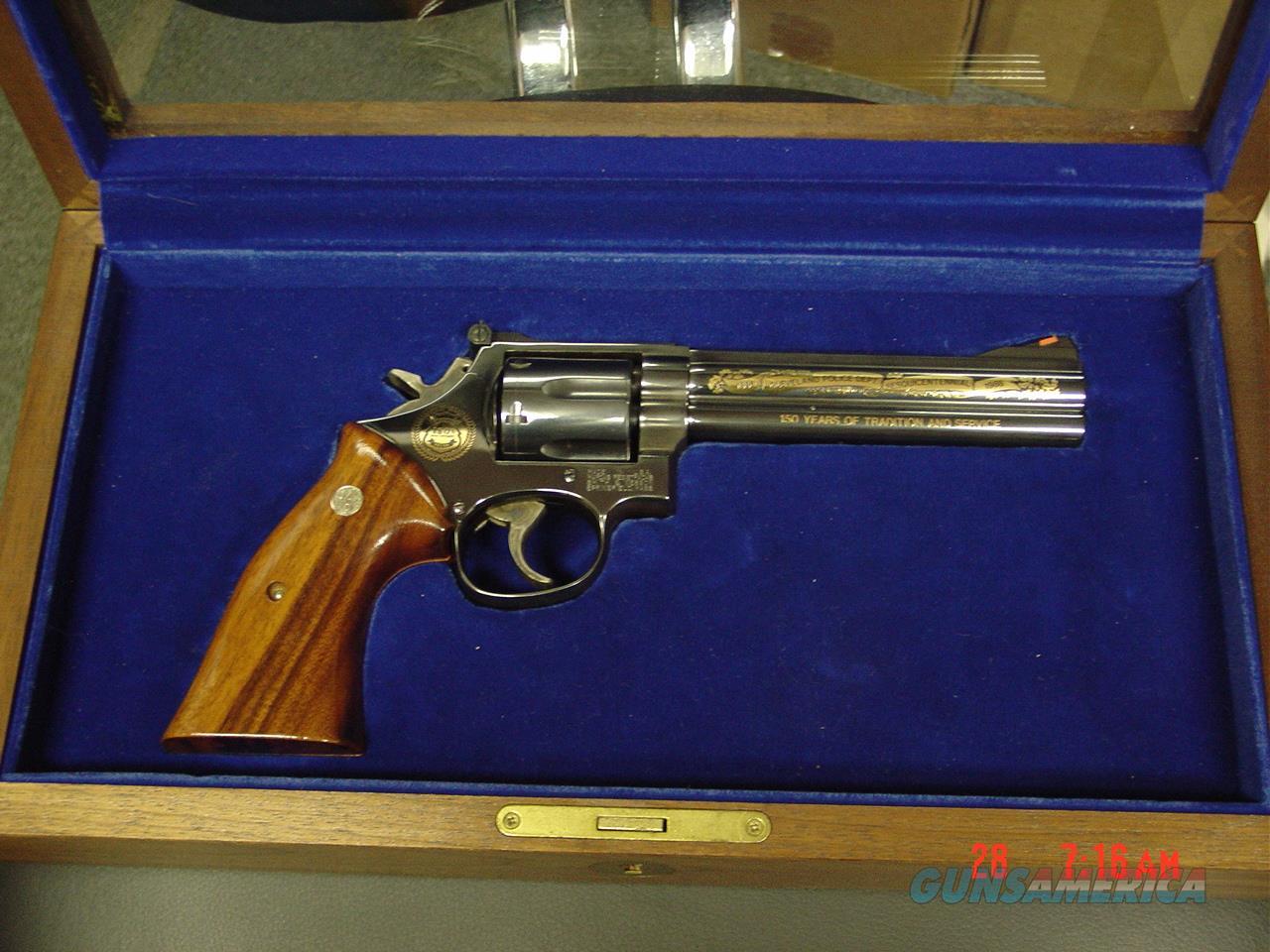 "Smith & Wesson 586 no dash,blue,6"" Cleveland Police Dept.Comm.,24K gold engraved,1986,wood grips,pres case, 357 magnum,#460 of 500 !  Guns > Pistols > Smith & Wesson Revolvers > Full Frame Revolver"