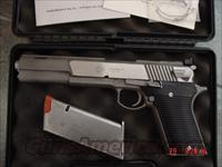 "AMT Automag V, 50AE 6 1/2"" hand cannon,ported barrel,2 mags,manual & original box,super rare model  AMT Pistols > 1911 copies"