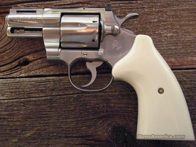 Colt Python 2½  inch Stainless Steel  Guns > Pistols > Colt Double Action Revolvers- Modern