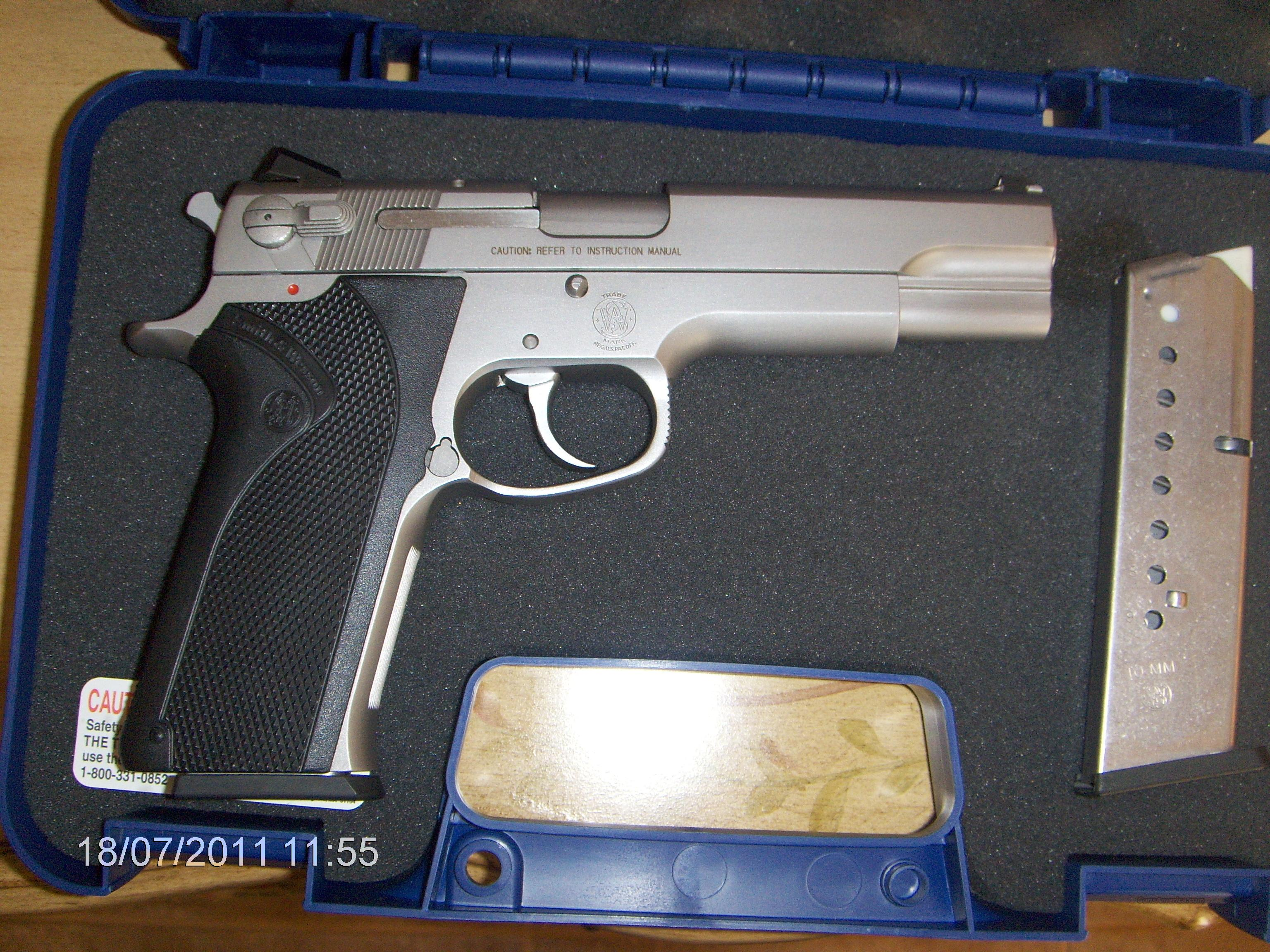 Smith & Wesson 1006 S&W  Guns > Pistols > Smith & Wesson Pistols - Autos > Steel Frame