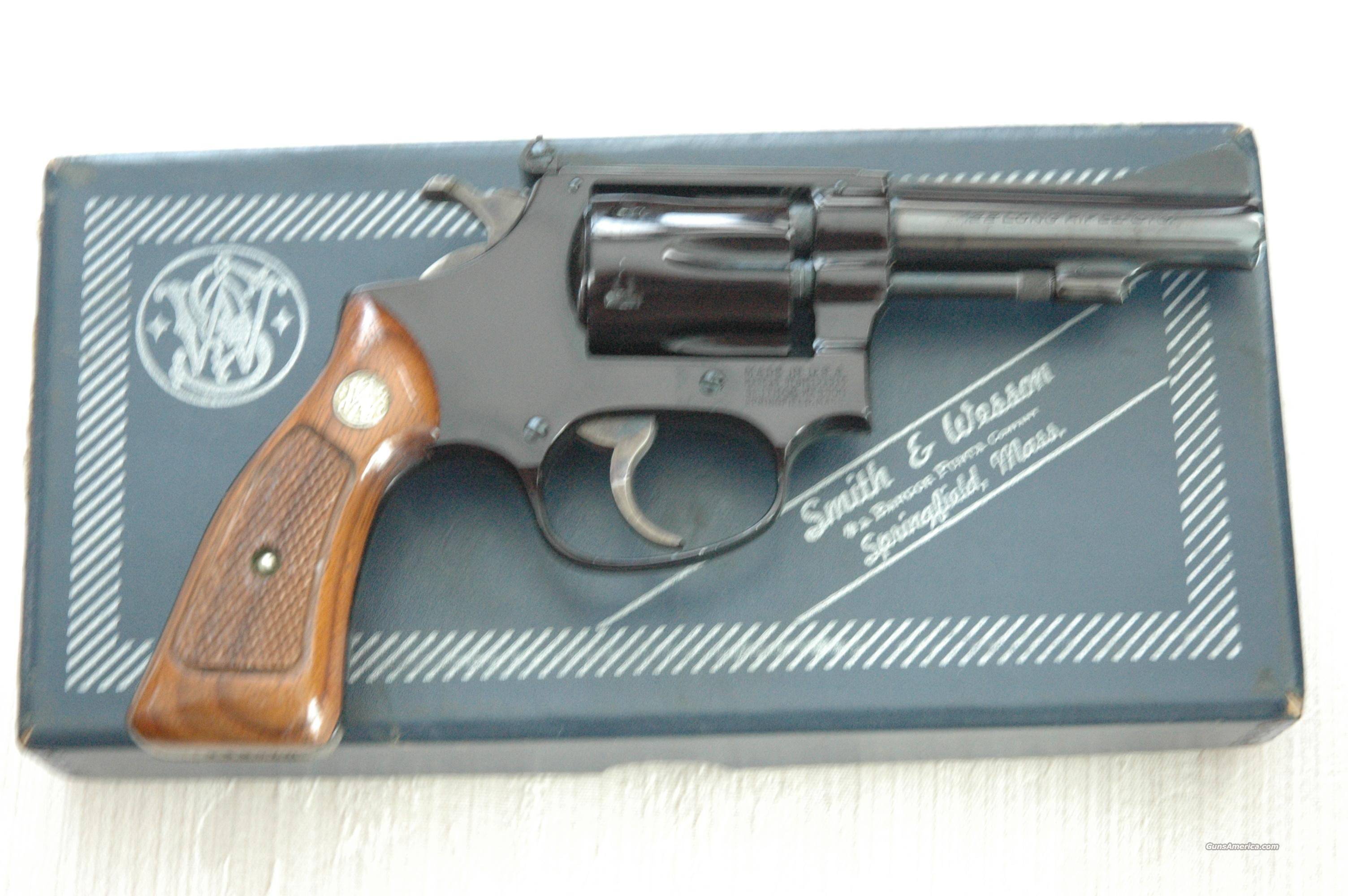Smith & Wesson 22/32 Airweight Kit Gun Model 43  Guns > Pistols > Smith & Wesson Revolvers > Full Frame Revolver