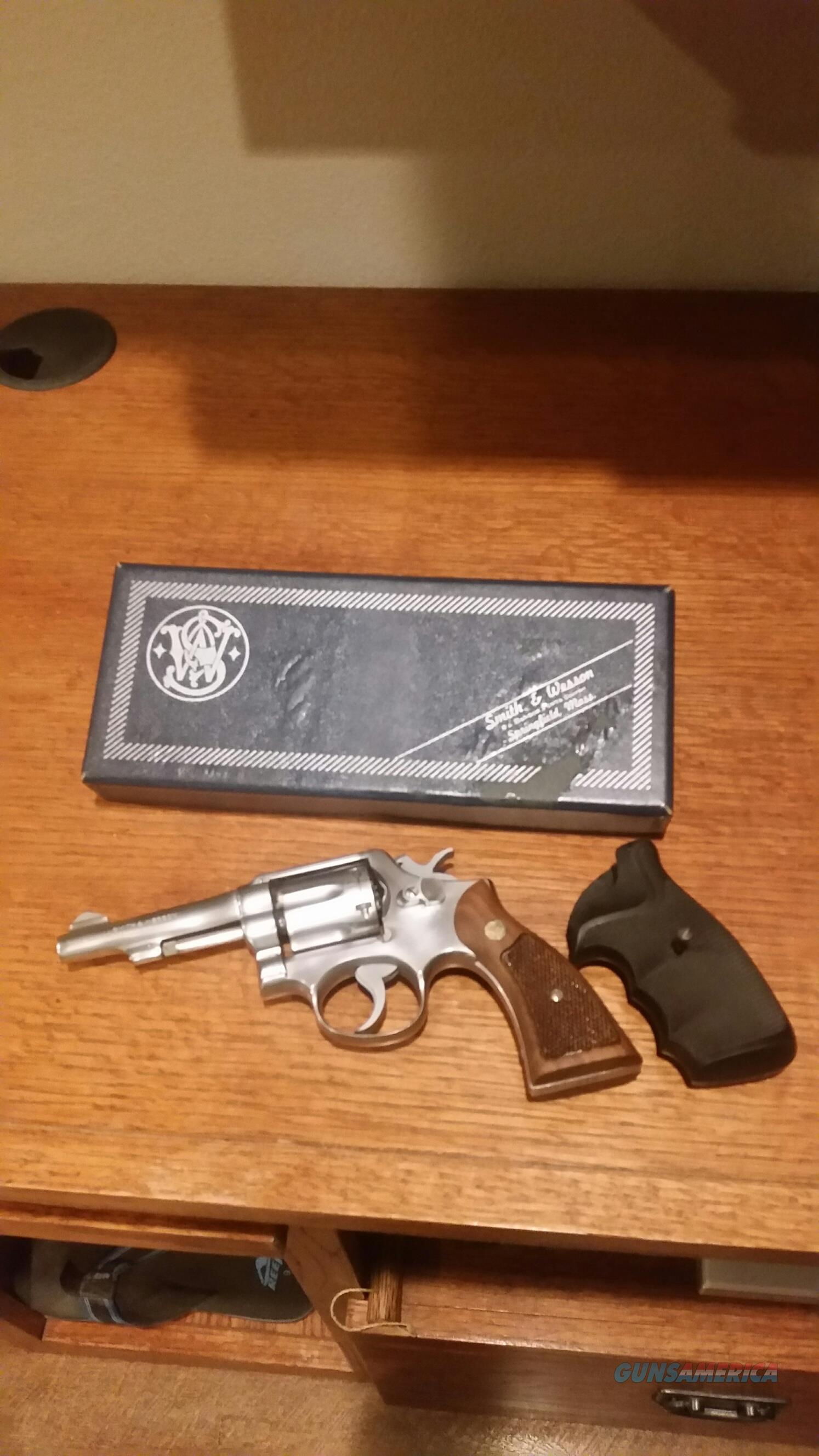 "S&W Model 64 Stainless 4"" in box  Guns > Pistols > Smith & Wesson Revolvers > Med. Frame ( K/L )"