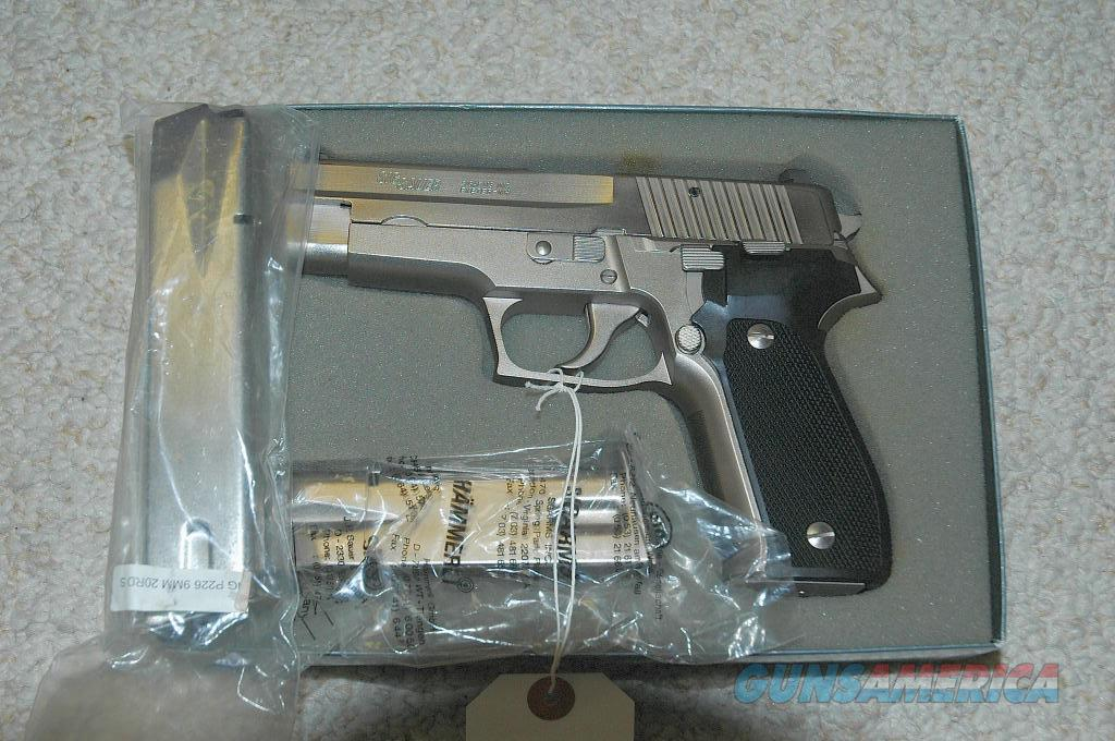 Sig Sauer P226 Mint Electroless Nickel  Guns > Pistols > Sig - Sauer/Sigarms Pistols > P226