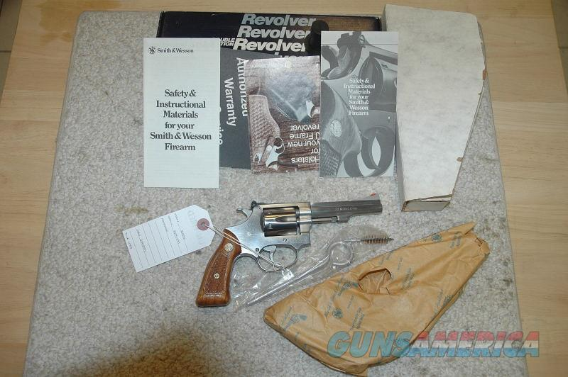 S&W 651 Mfg 1984 Unfired  Guns > Pistols > Smith & Wesson Revolvers > Small Frame ( J )