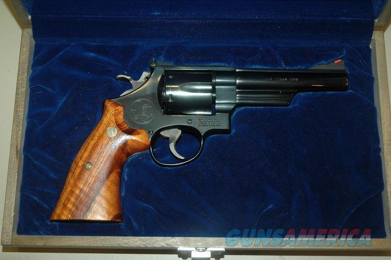 S&W 544 Wagon Train Commemorative .44-40 Caliber  Guns > Pistols > Smith & Wesson Revolvers > Med. Frame ( K/L )