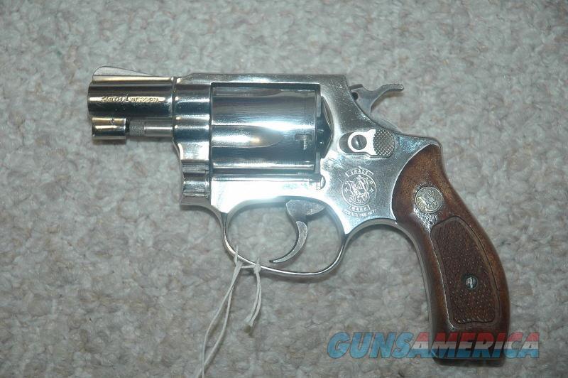 S&W 36 Nickel Mfg 1985  Guns > Pistols > Smith & Wesson Revolvers > Small Frame ( J )