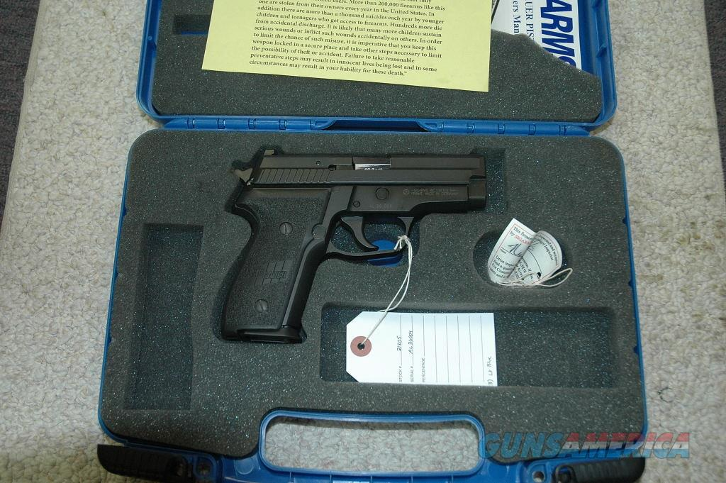 Sig P229 Used 40 S&W   Guns > Pistols > Sig - Sauer/Sigarms Pistols > P229