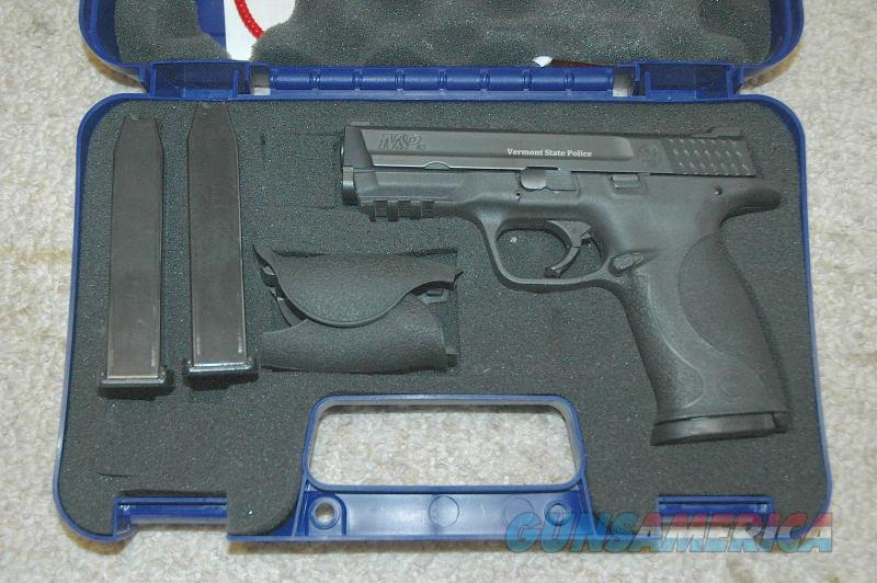 S&W M&P 40 Vermont State Police   Guns > Pistols > Smith & Wesson Pistols - Autos > Polymer Frame