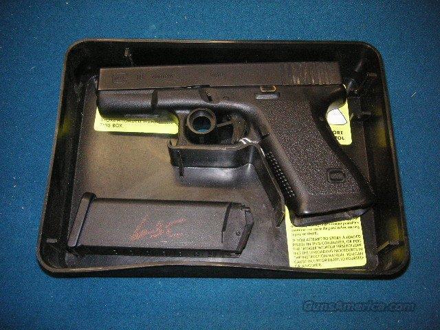 Glock 19 Hi Cap MASS OK  Guns > Pistols > Glock Pistols > 19